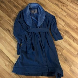 UGG Duffield ll Navy heather robe size L